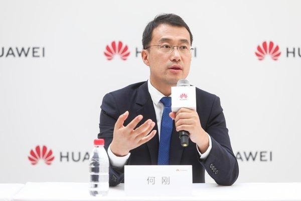 华为何刚:首款5G手机不为赚钱 折叠屏手机上市尚待时日