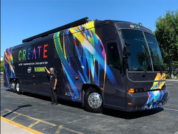 英特尔将参加SIGGRAPH大会 爆改大巴车做宣传