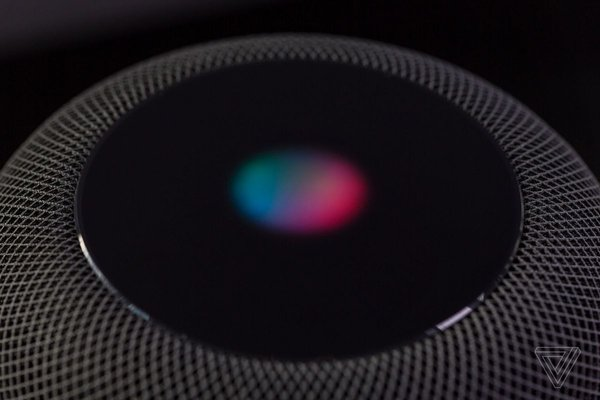 外媒报道苹果承包商每天必须收听1000条Siri录音
