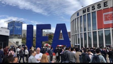 以科技创新闪耀IFA 2019 康佳电视荣获两项金奖