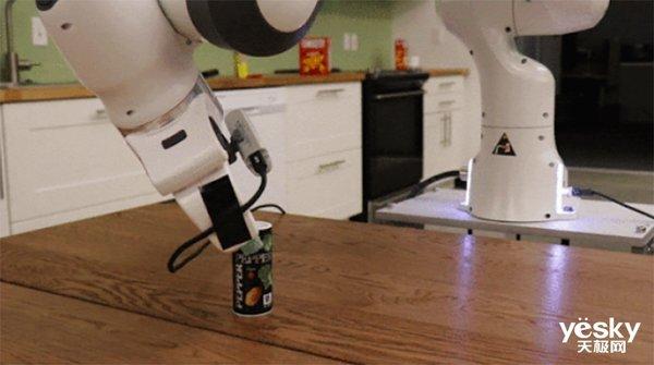 如何让机器人抓取任一物体?这个新算法了解一下