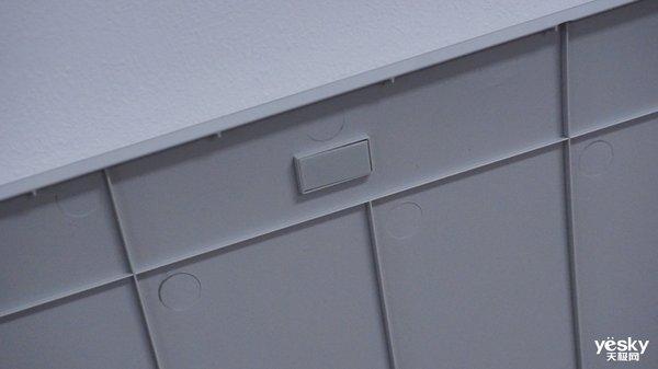 外星人游戏显示器AW5520QF现场图赏 54.6英寸就是很霸气