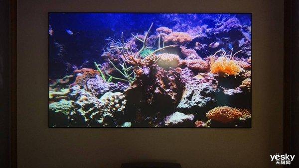 居家观影换新屏 看了就挪不开眼的极米4K激光电视A2 Pro