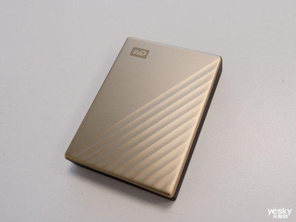 存储新风尚 WD My Passport Ultra移动硬盘