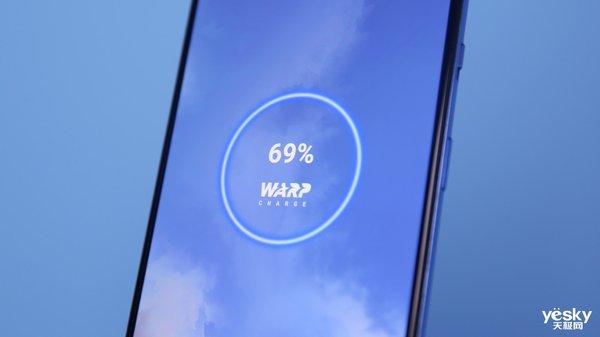 一加7T流畅体验双重保障:90Hz流体屏+骁龙855 Plus