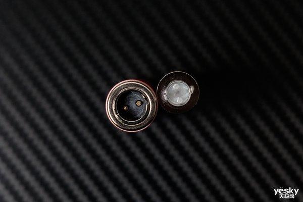 惊艳设计 体验极佳 CISOO西素换弹电子烟K1评测