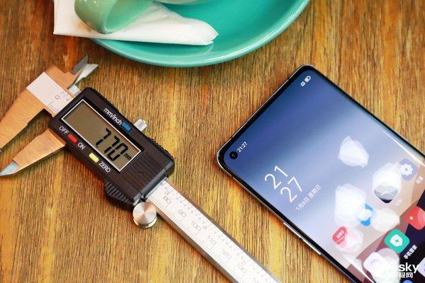 超轻薄5G手机来啦!OPPO Reno3系