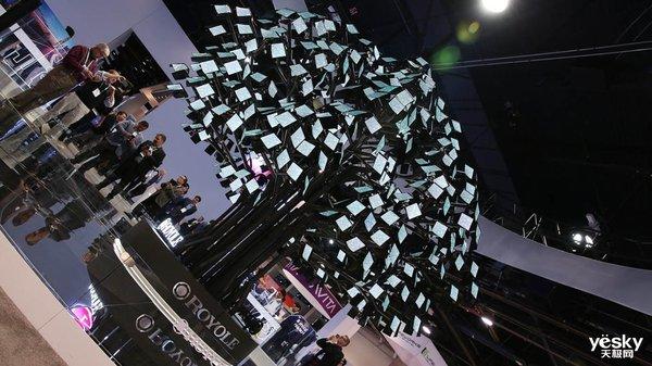 CES 2020柔宇展台打造柔性屏世界