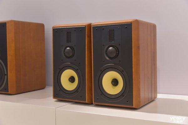 音频领域先驱 29年国货惠威在CES展会大放异彩