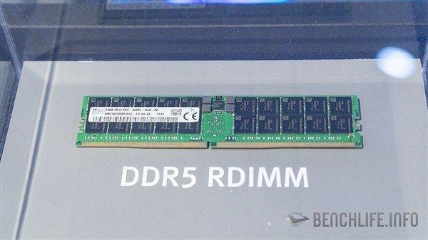 SK海力士于CES上展示NVMe固体硬盘与DDR5内存