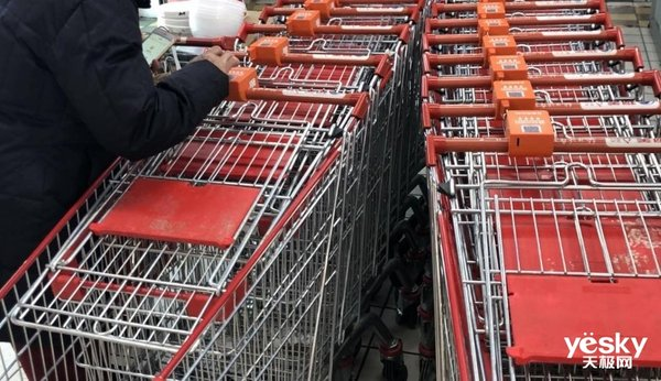下APP扫码才能用购物车?这种超市为难人