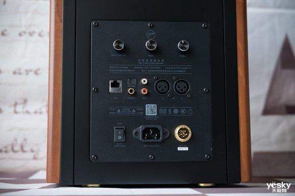 万元级的震撼低音 惠威M500三分频有源音箱评测