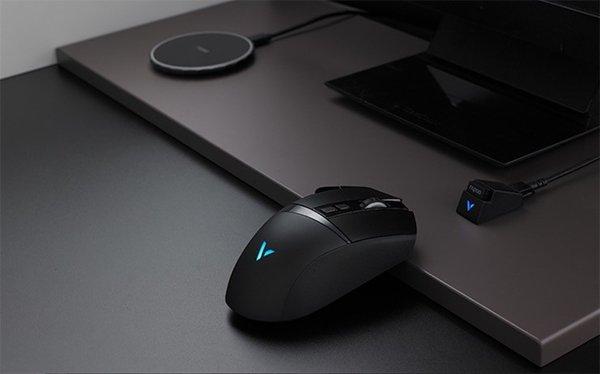 小米10可为雷柏VT350Q游戏鼠标进行反向充电