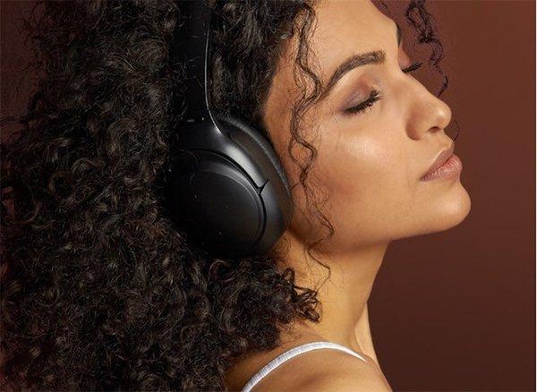 降噪耳机新选项:惠威AW-83耳机1299元热卖中