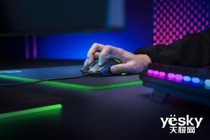 小型、轻量化 RAZER发布毒蝰迷你版游戏鼠标