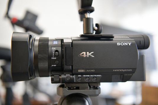 呈现专业品质 索尼AX700摄像机企业直播必备良器