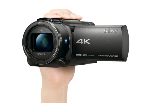 宅在家里拍Vlog用索尼摄像机AX60再合适不过了
