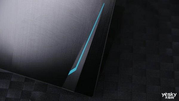 i7也达到5GHz频率 十代酷睿游戏本体验