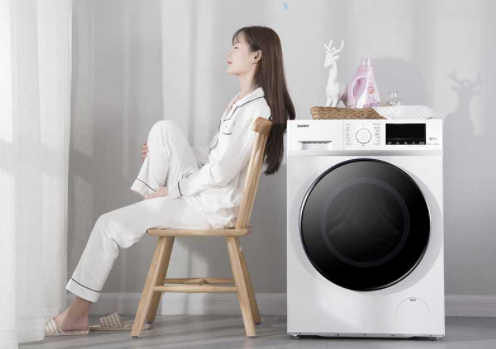 再也不怕梅雨季节 即洗即穿 格兰仕变频洗烘一体机