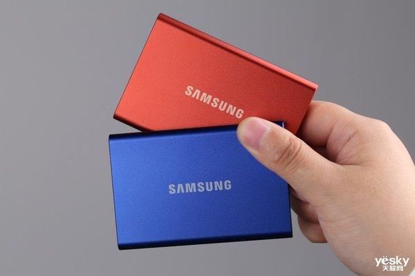 兼顾颜值并速造未来 三星移动固态硬盘T7图赏