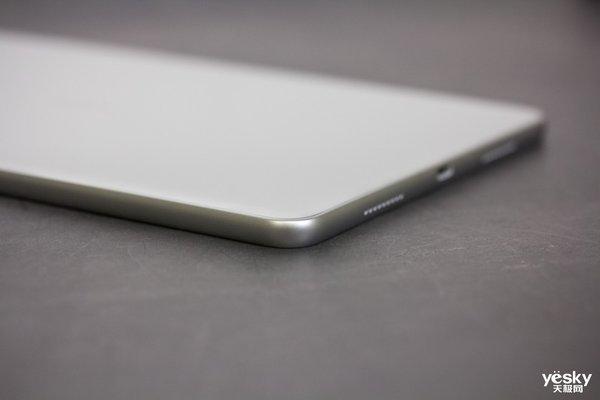 荣耀平板V6简单上手体验:比看上去更轻便 比想象中更高效
