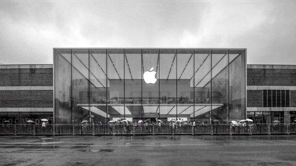 史无前例!iPhone大降价讨好中国市场 外媒说出了根本原因