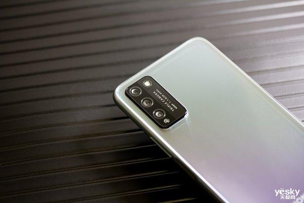 更受年轻人喜爱的5G影像手机,荣耀30青春版评测