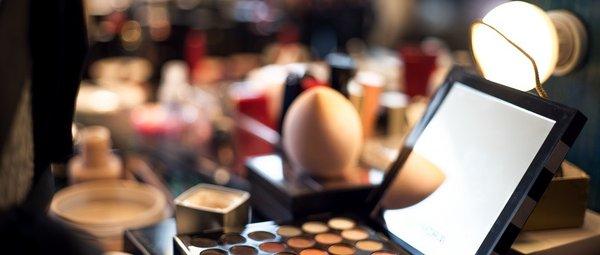 化妆品行业的破局之路 AI正在成为化妆品行业的新驱动力