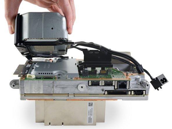 微�Xbox Series X拆解:散�嵩O�很到位
