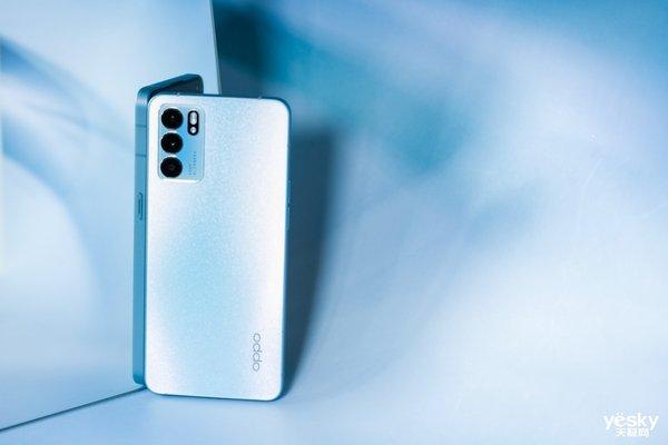 OPPO Reno6标准版正式开售:天玑900全球首发,性能与影像全面升级