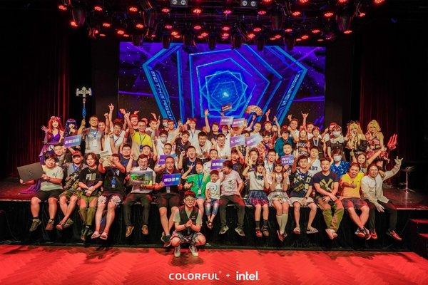 七彩虹+英特尔重庆活动回顾:做异世界的主人公