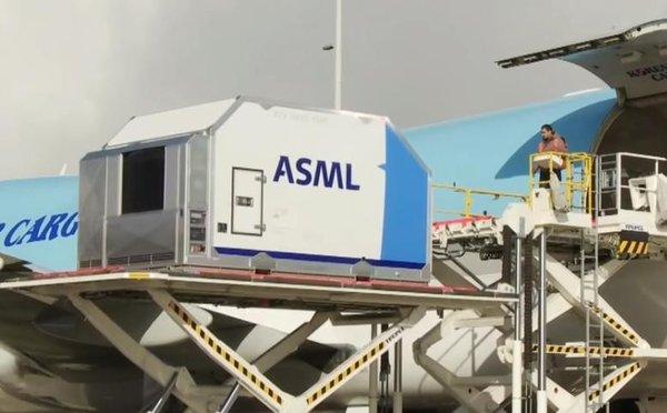 售价1.45亿美元 ASML新一代EUV光刻机已交付客户