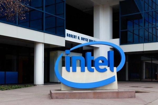 芯片缺货潮有望缓解 英特尔将于11月底恢复越南工厂运营