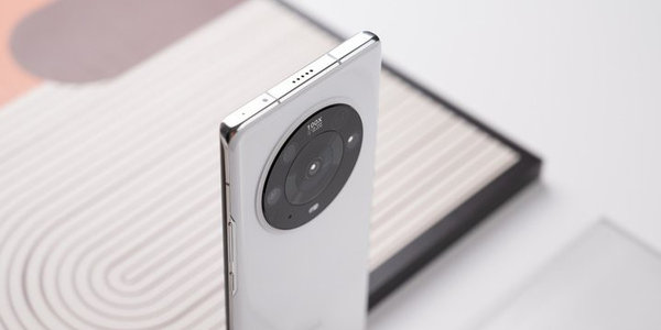 极限温度测试!荣耀Magic3 Pro完胜iPhone 12 Pro
