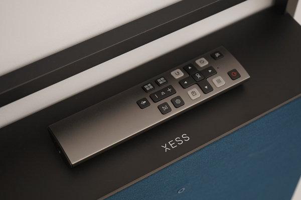 熏陶艺术 XESS浮窗全场景TV蕴藏的审美教育升级机会