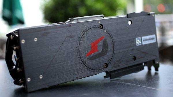 初探科技艺术品iGame GeForce RTX 2080 Ti