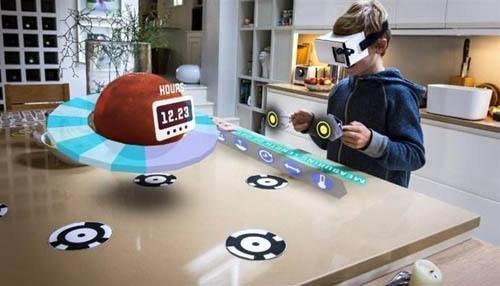 苹果AR/VR头显设备曝光:支持Siri语音控制与全息内容