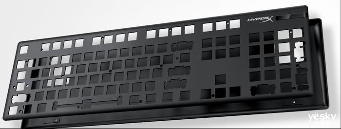 进击盗贼之海 HyperX起源RGB游戏机械键盘