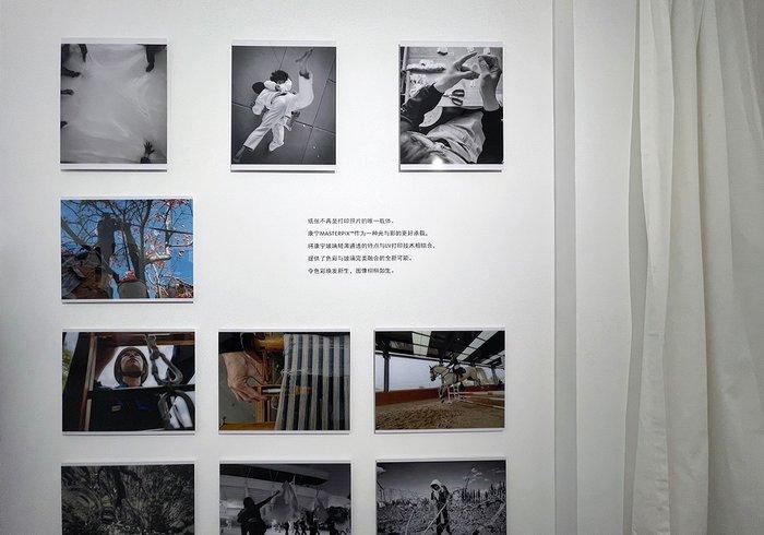 """康宁大猩猩玻璃:""""她们 坚韧传递""""主题摄影艺术展"""