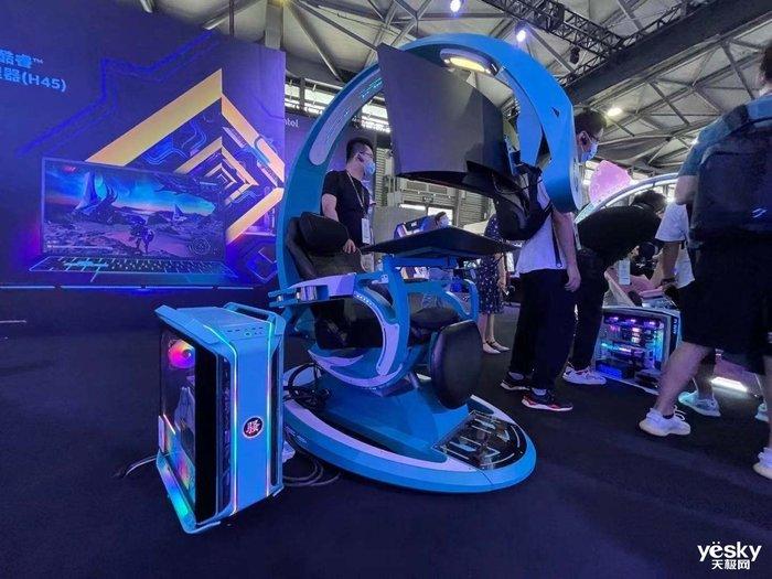 "ChinaJoy 2021:英特尔为玩家准备了超多游戏装备 甚至还能看""航母"""