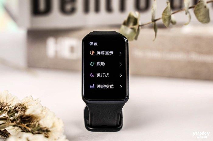 "OPPO Watch Free简评:年轻潮流人必备的""超能睡""智能手表"