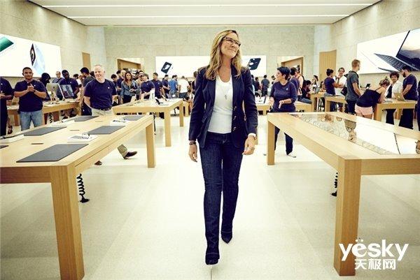 大公司晨读:苹果二号人物正式离职 三星Galaxy Fold上线中国官网