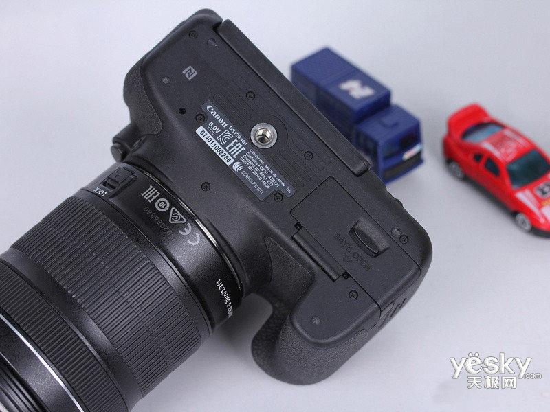 【图】佳能760d套机(18-135mm)图片欣赏